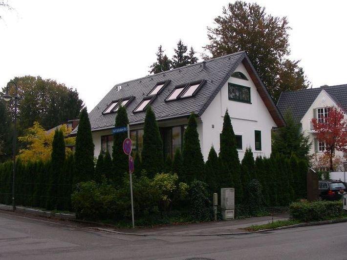 Schieferdach Pulach München (Schuppenschablonendeckung)