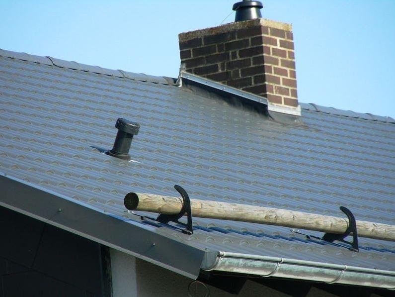 Dacheindeckung mit Ziegelformblechen Marienhagen