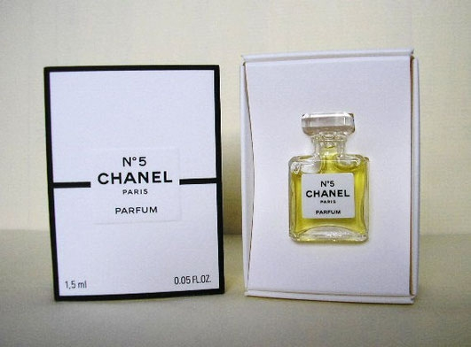 CHANEL - N° 5 PARFUM  1,5 ML