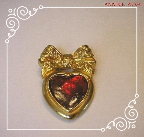 WORTH - JOLIE BROCHE ANCIENNE