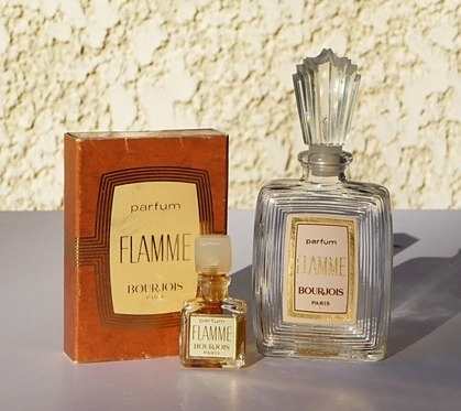 FLAMME : MINIATURE PARFUM  & SA BOÎTE, ET FLAMME FLACON 1ère TAILLE VIDE