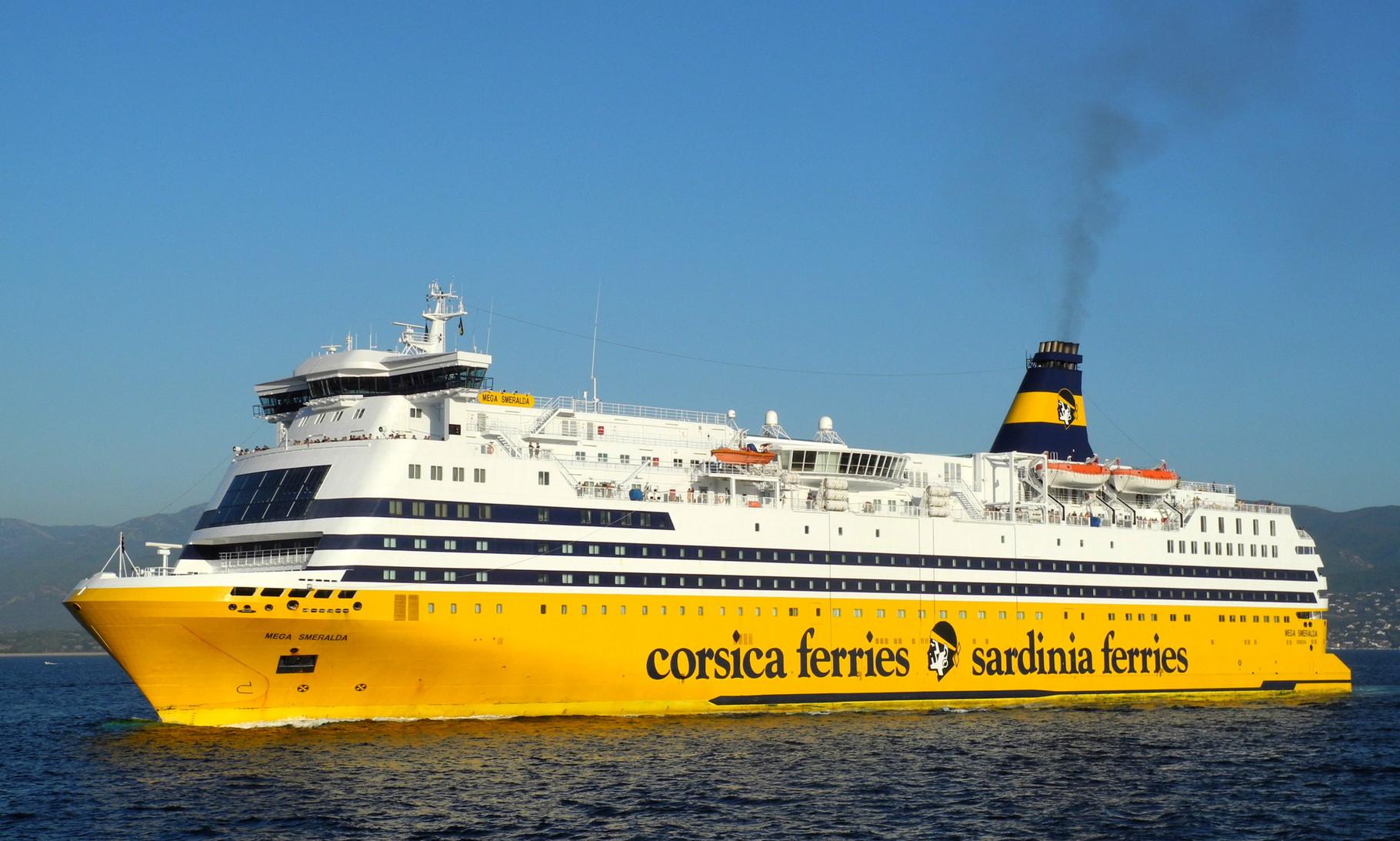 Corsica Ferries achète le Mega Andrea
