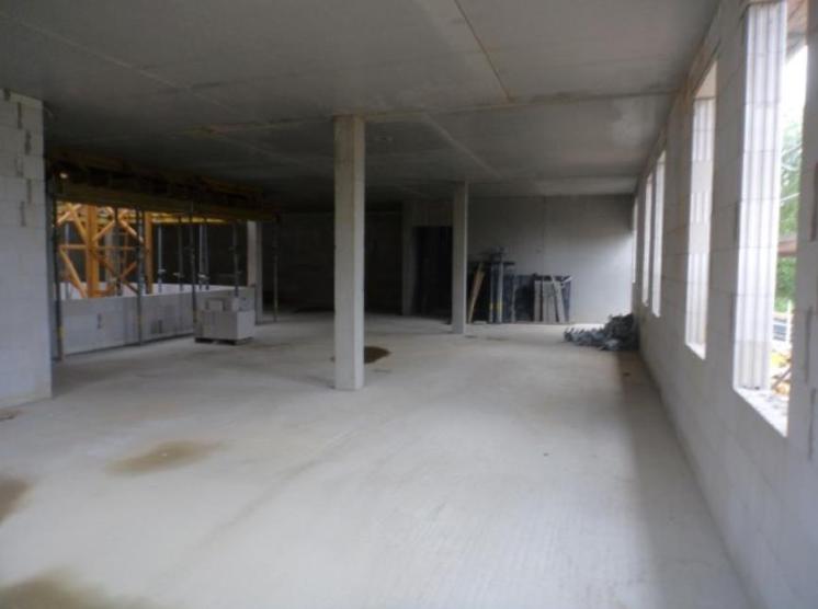 (25.08.2015) Die Räume sind ausgeschalt und besenrein.