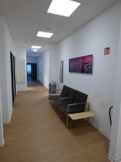 (11.03.2016) Wartezone vor den Therapieräumen