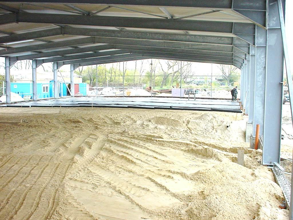 2000 - Verdoppelung der Umschlagkapazitäten auf über 2.000 m² am Hauptsitz in Cuxhaven