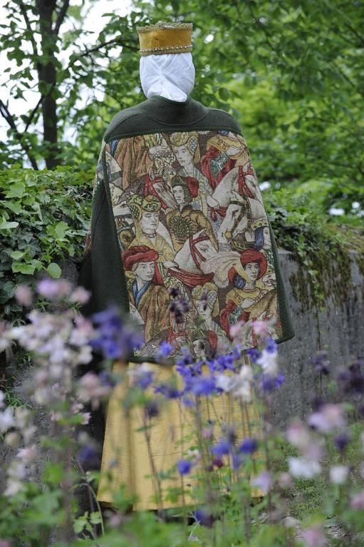 Umhang mit mittelalterlichen Muster