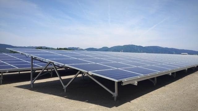 三重県 2.1MW太陽光発電所(横6段 アルミ架台)
