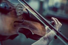 Le raffinement d'un orchestre de chambre au Château la Hitte au coeur de son vignoble AOC Buzet
