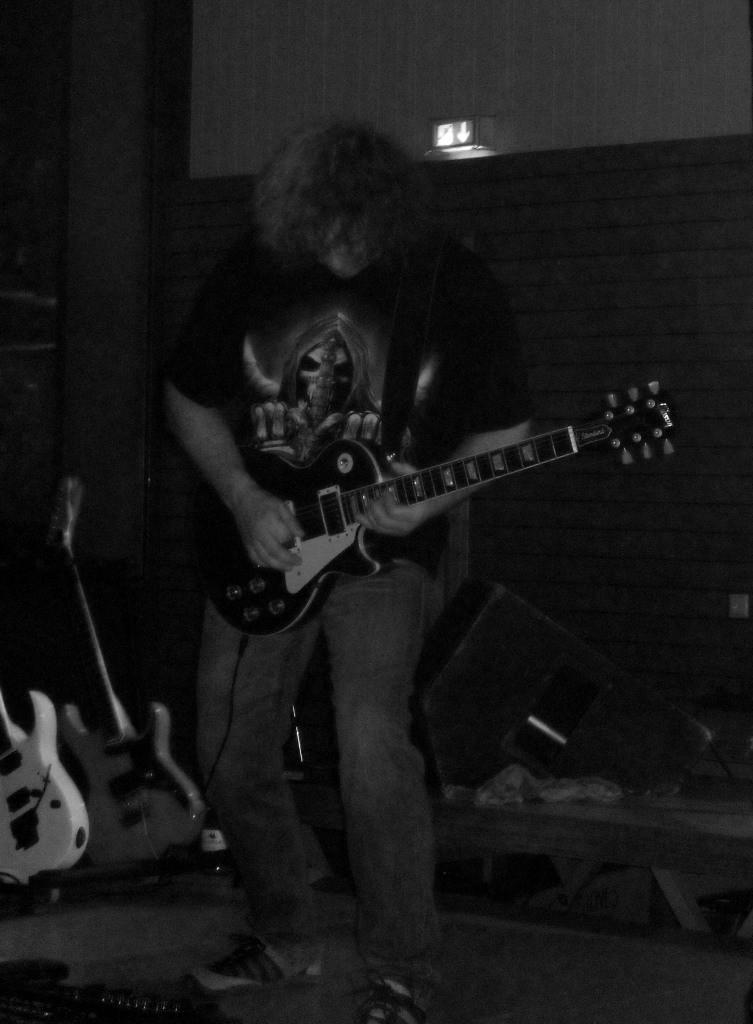 Aushilfsgitarrist Ralf
