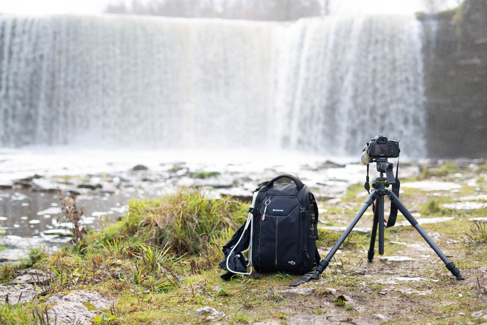Vanguard_Stativ_Stativkopf_Erfahrungen_Test_Estland_Jäggala Juga Wasserfall (11)