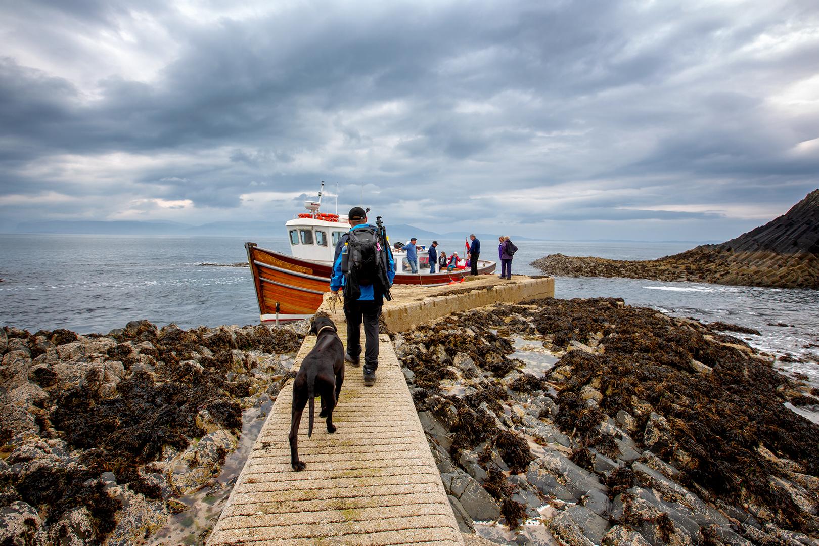 Staffa_Schottland_Bootfahrt_Hund_Wohnmobil_Erfahrungen