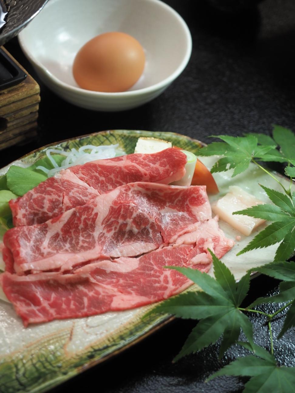 味彩牛のすき焼き鍋