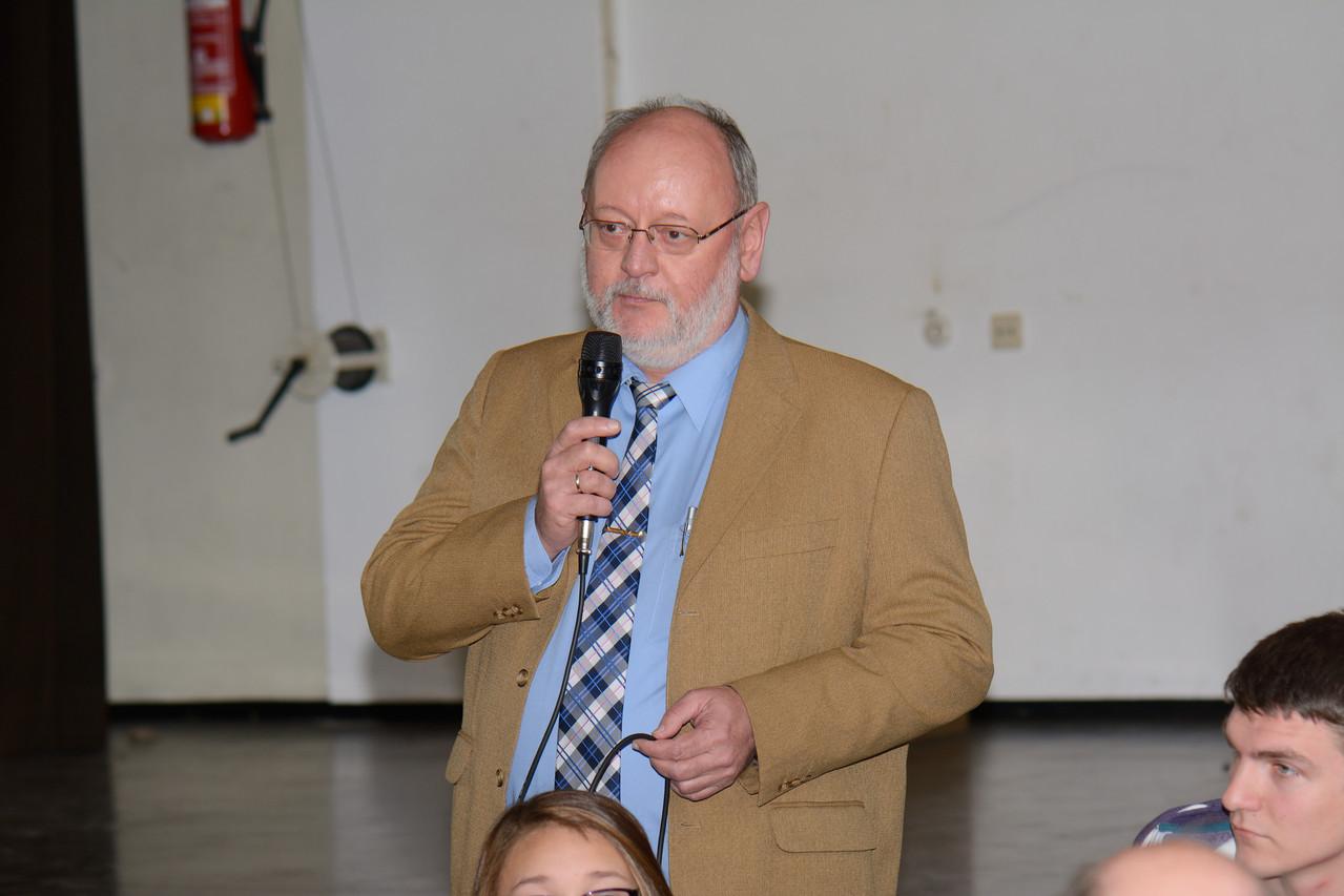 Herr Becklas bei der Begrüßung, Foto:Ivo Lünzer