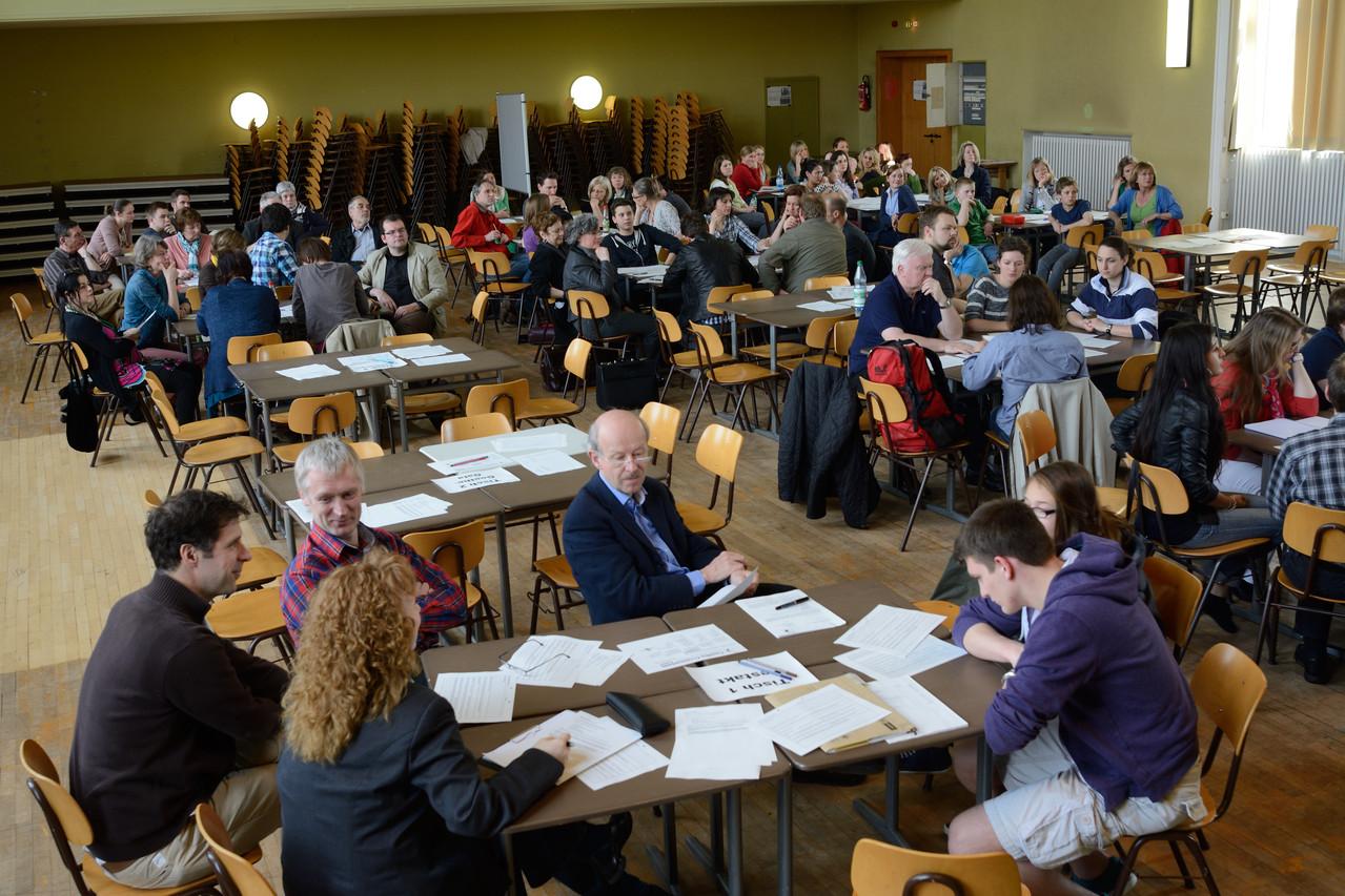Die Teilnehmer bei der Arbeit, Foto: Ivo Lünzer