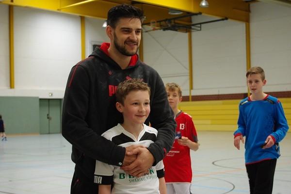 Nenad Vukovic mit Schüler