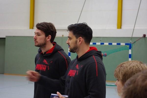 Jonathan Stenbäcken (li) und Nenad Vukovic bei der Trainingseinheit