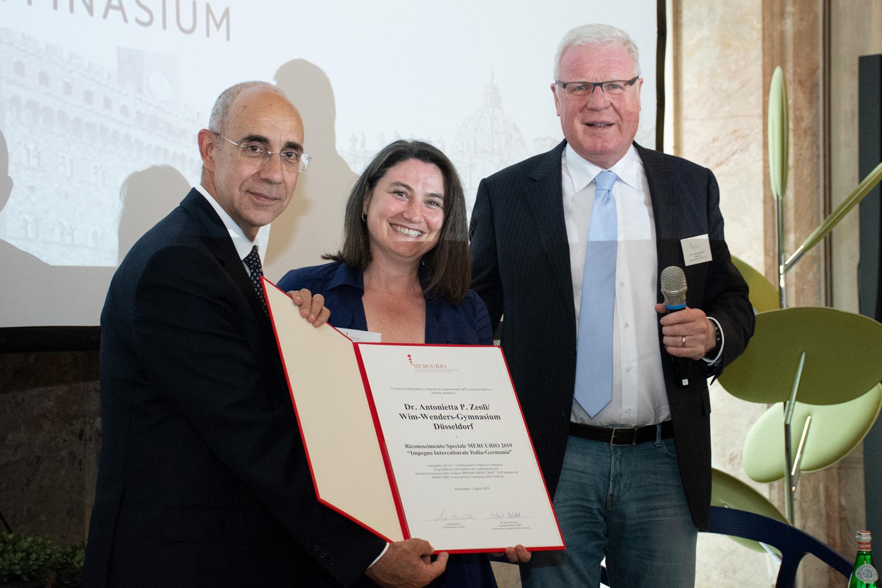 S.E.Luigi Mattiolo, Dr. A. Zeoli (Wim-Wenders-Gymnasium Düsseldorf), Dr. Eckart Petzold (MERCURIO)