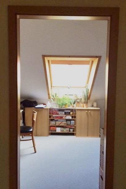 Kinderzimmer/Büro im Dachgeschoss