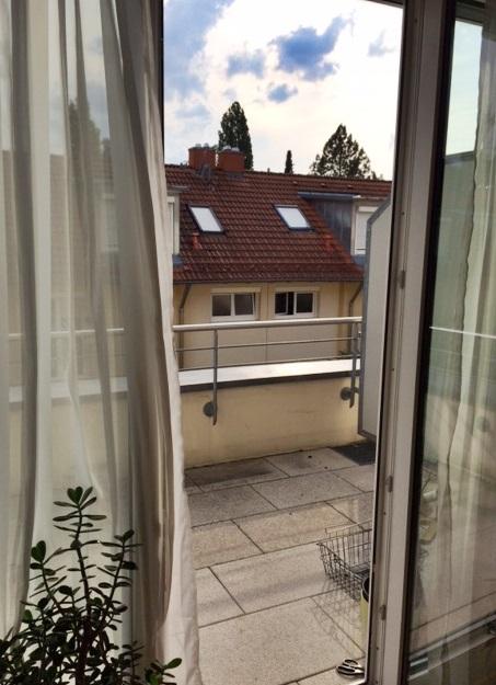 Zugang zum Balkon von Wohnzimmer