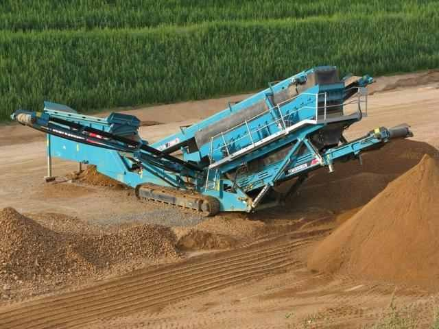 Powerscreen Chieftain 2100 X Track