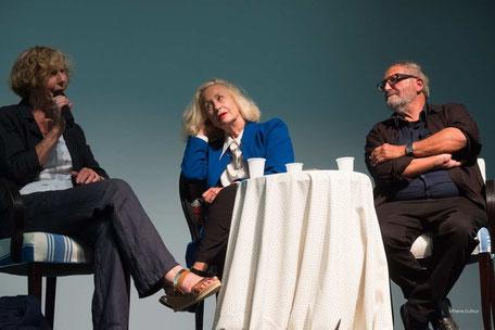 Françoise Dupouy, Brigitte Fossey et Jean Serroy, lors du débat avec les adhérents du Ciné-club du Bassin, le 20 septembre à Arès. Photos Pierre Duffour