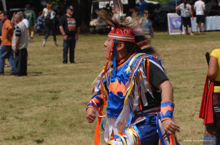 Steve Wawatie, danseur, Pow Wow de Kanesatake