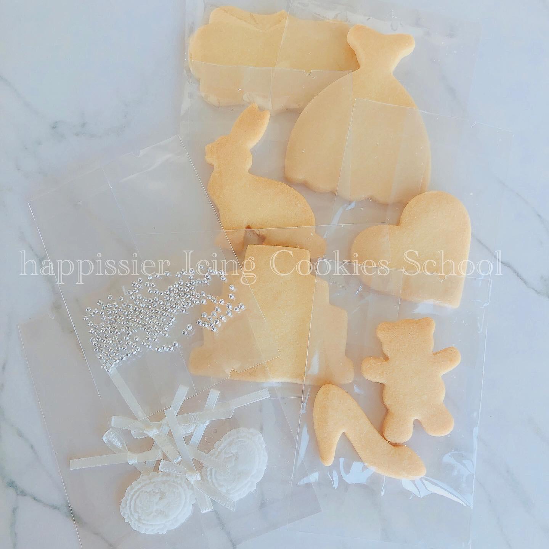 トッピング材料やクッキーはすべて密封梱包