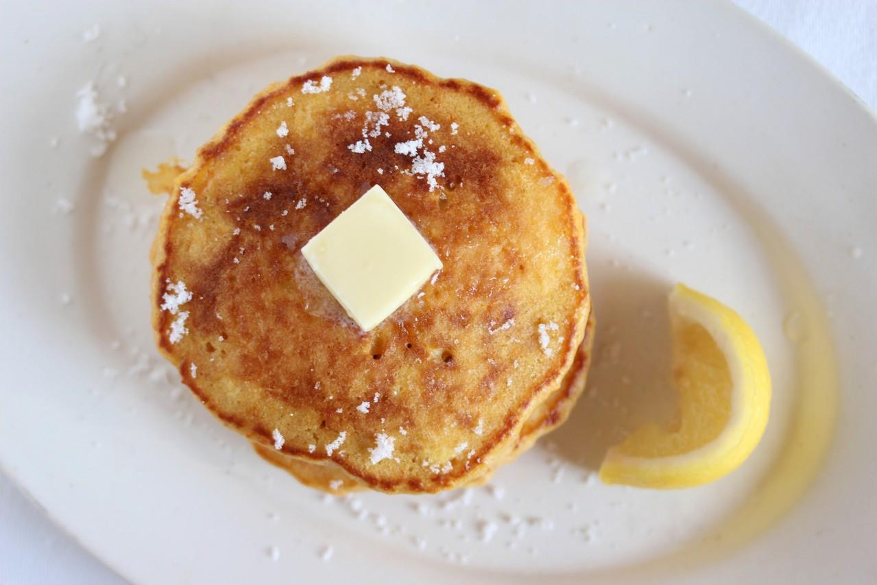 にんじんのパンケーキ 檸檬バターで。