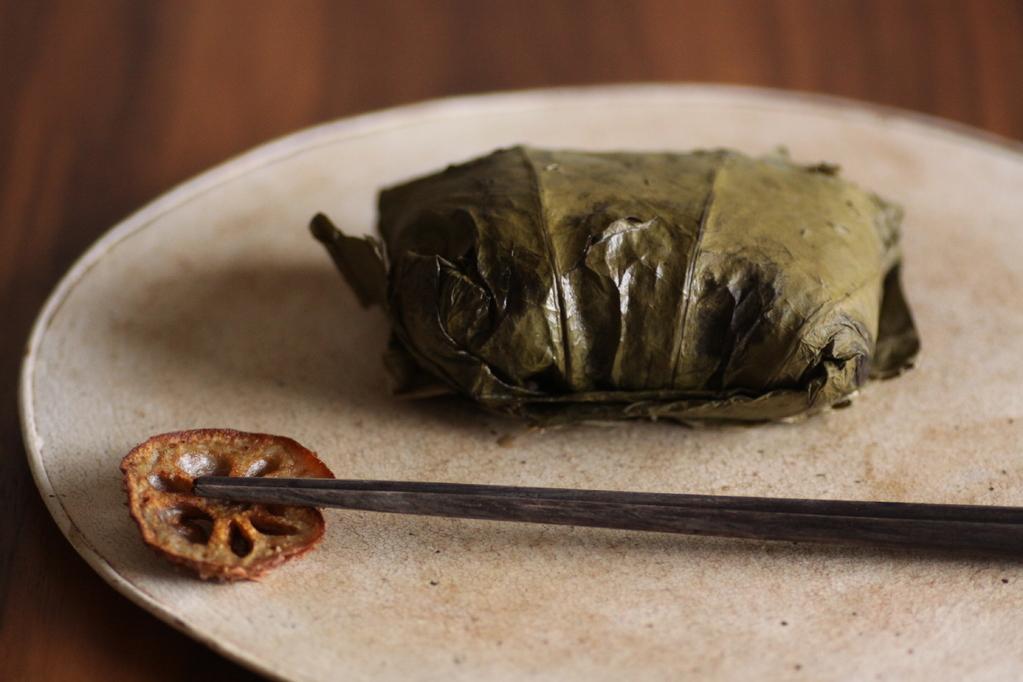 荷葉飯/蓮葉の黒米ちまき