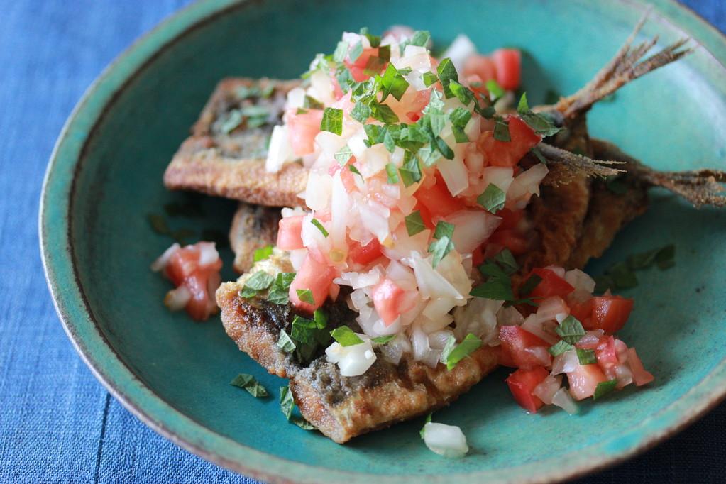 夏のプレート/魚のフライと夏野菜らっきょだれかけ