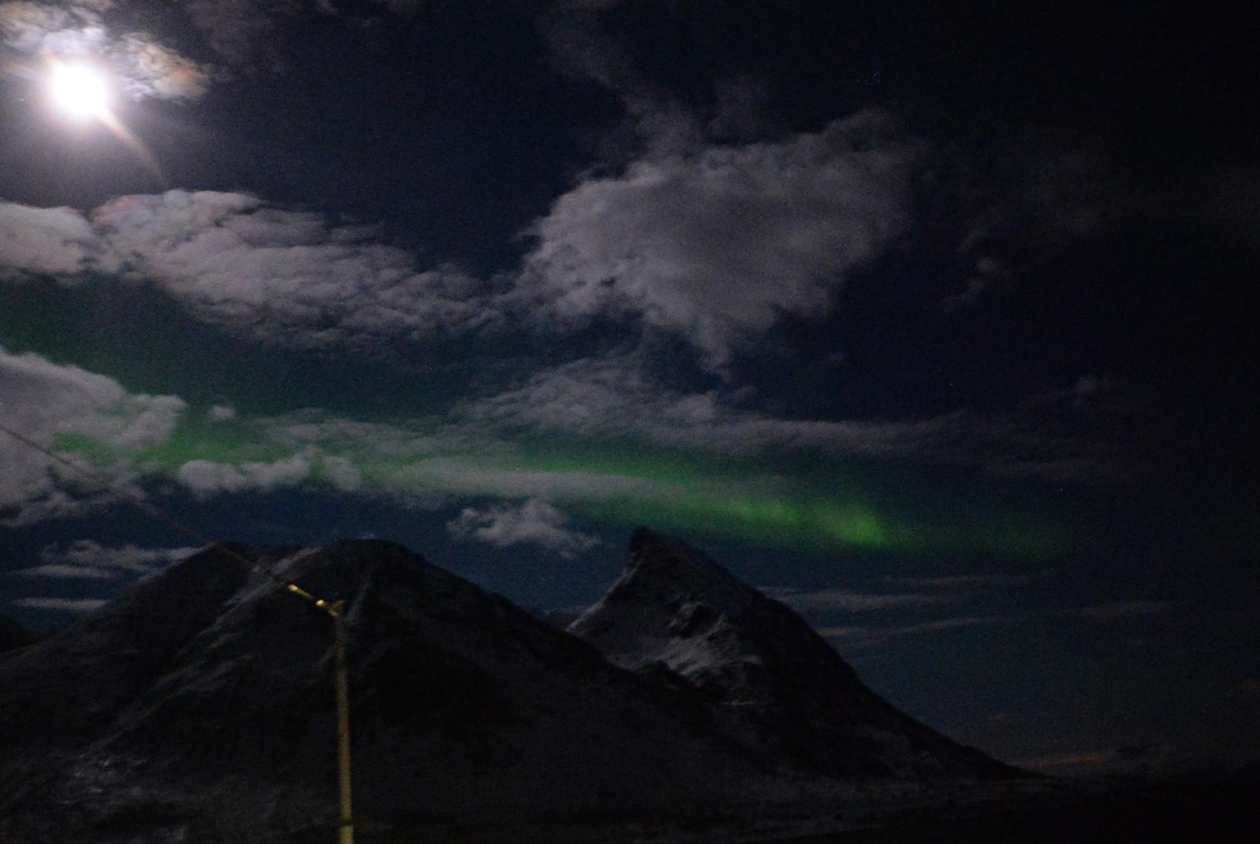 Bild 10-197 - Wenn das Wetter mitspielt, kann das Polarlicht nahezu täglich beobachtet werden