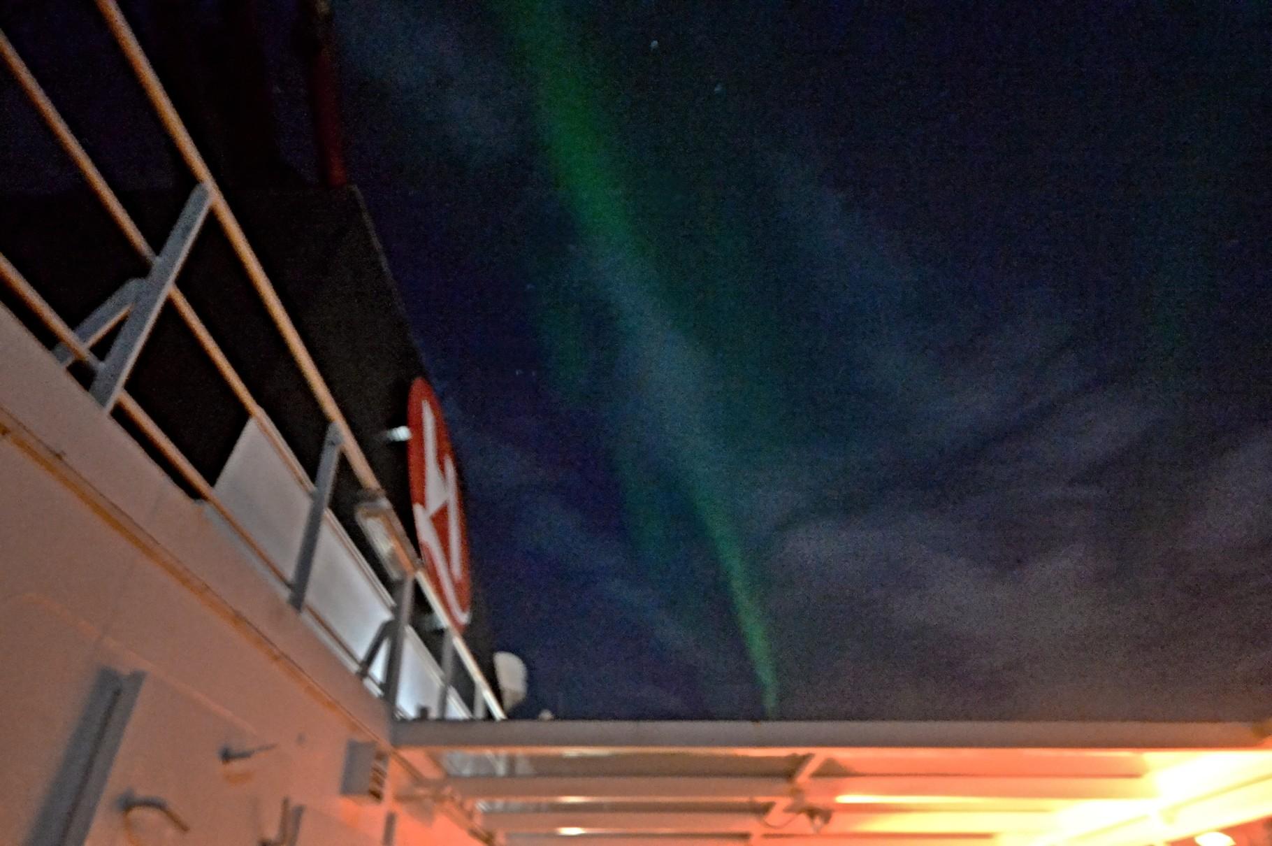 Bild 10-199 - Durchschnitt ist nur alle elf Jahre ein Polarlicht-Maximum zu sehen.