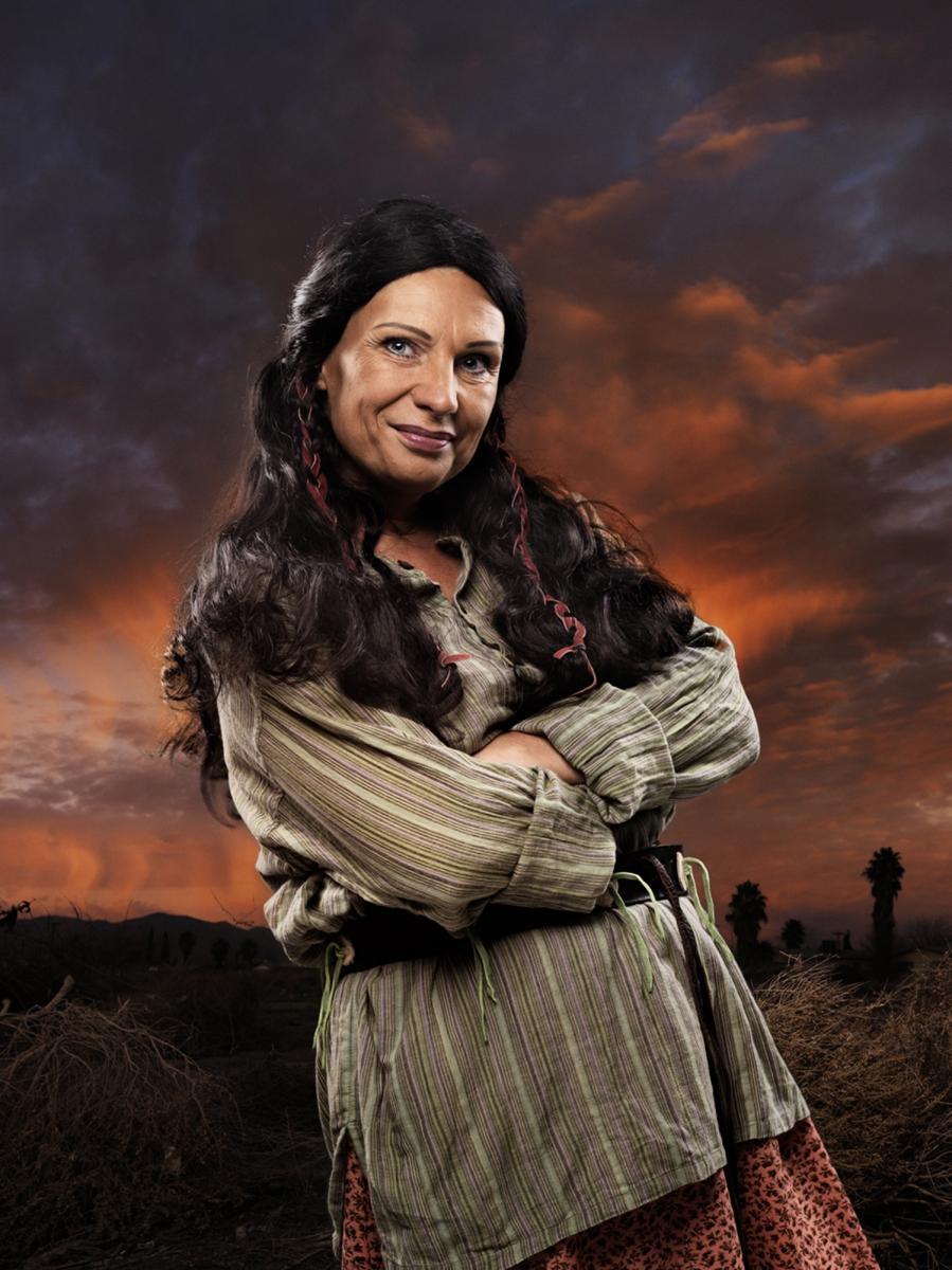 Velia Krause als Kliuna-ai