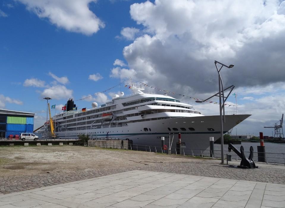 Amadea (Kreuzfahrtschiff)