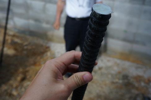 フィットパワーに入れるグラスファイバーの棒