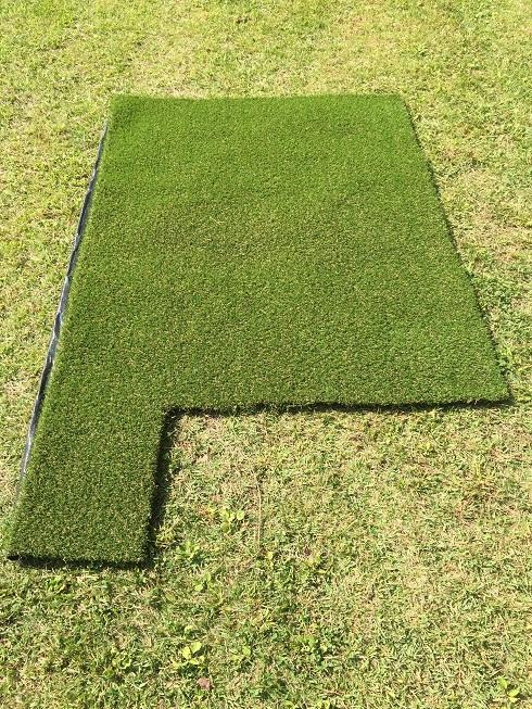 芝生に人工芝!!!これで自然と一体になってる感更に増し!!!
