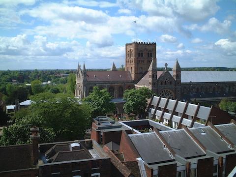 塔から見下ろす大聖堂