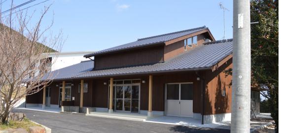 2014年4月オープンの椿油研究試作施設です。