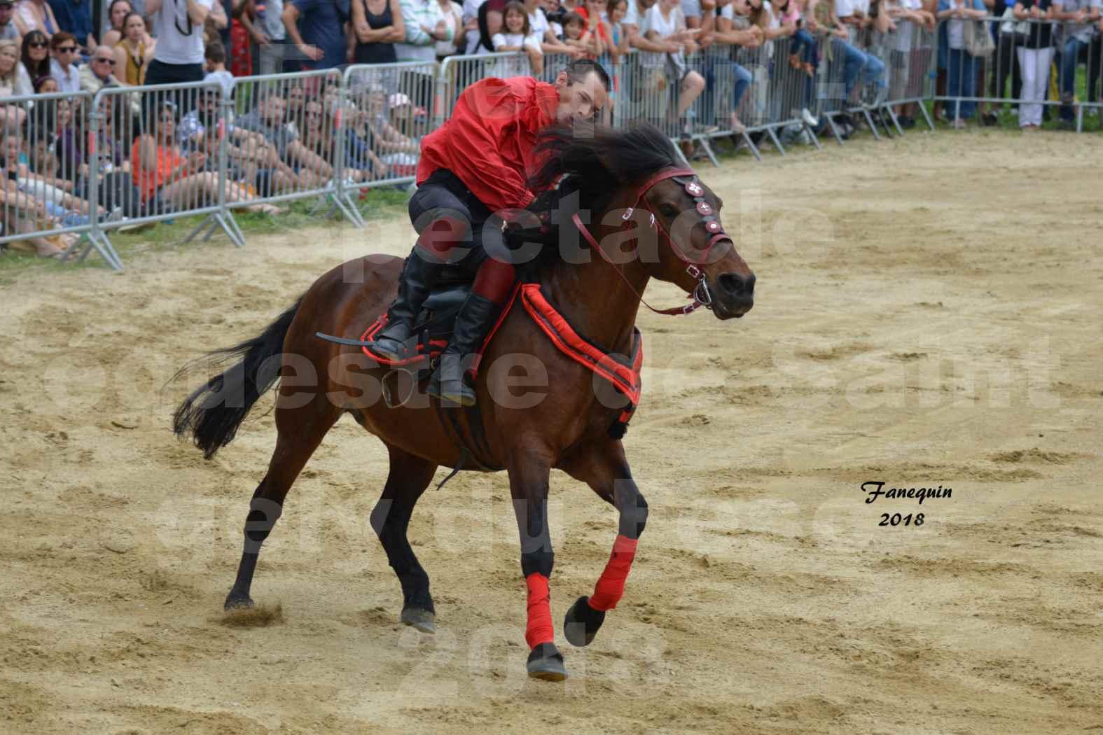 Spectacle Équestre le 3 juin 2018 à Saint Gély du Fesc - Voltige équestre - Troupe de Jean Antoine FIRMIN - 64
