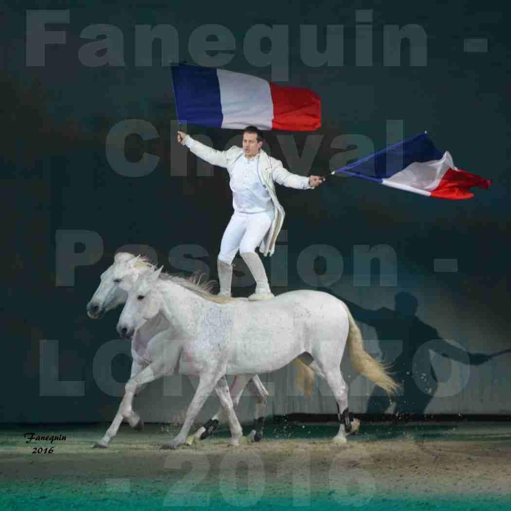"""Cheval Passion 2016 - Spectacle les Crinières d'OR - LORENZO """"Blanc"""" - représentation du 23 janvier 2016 - 01"""