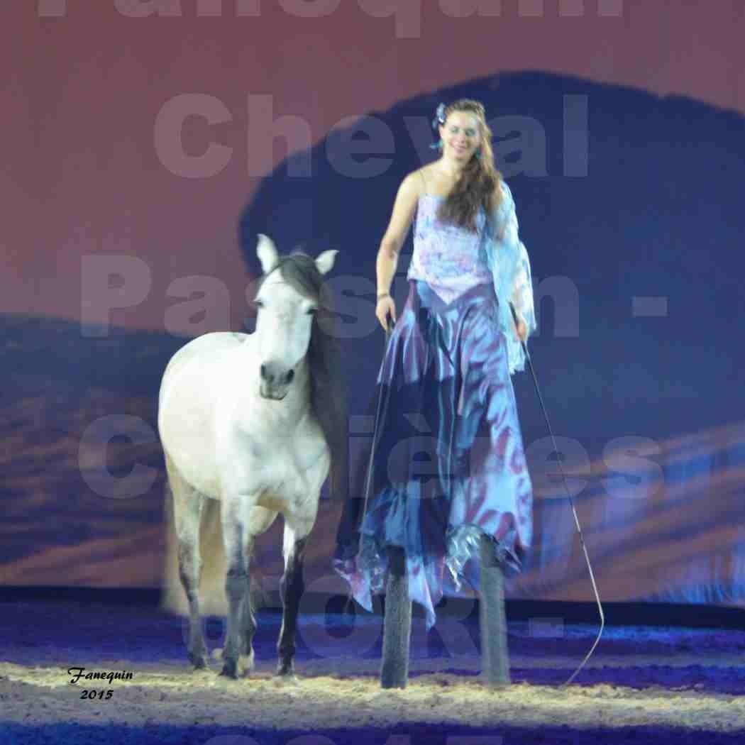 Cheval Passion 2015 - Spectacle des Crinières d'OR - Lucie VAUTHIER & 2 chevaux en liberté - 03
