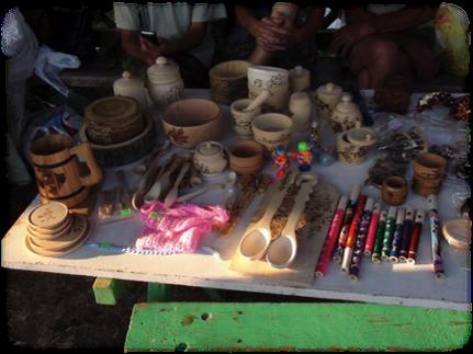 斐達斯亞聚落手工藝品