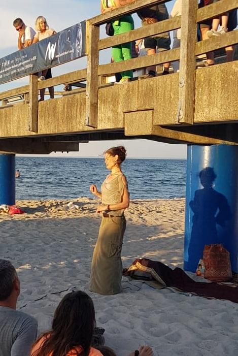 Erzählkunst am Strand von Boltenhagen 2020