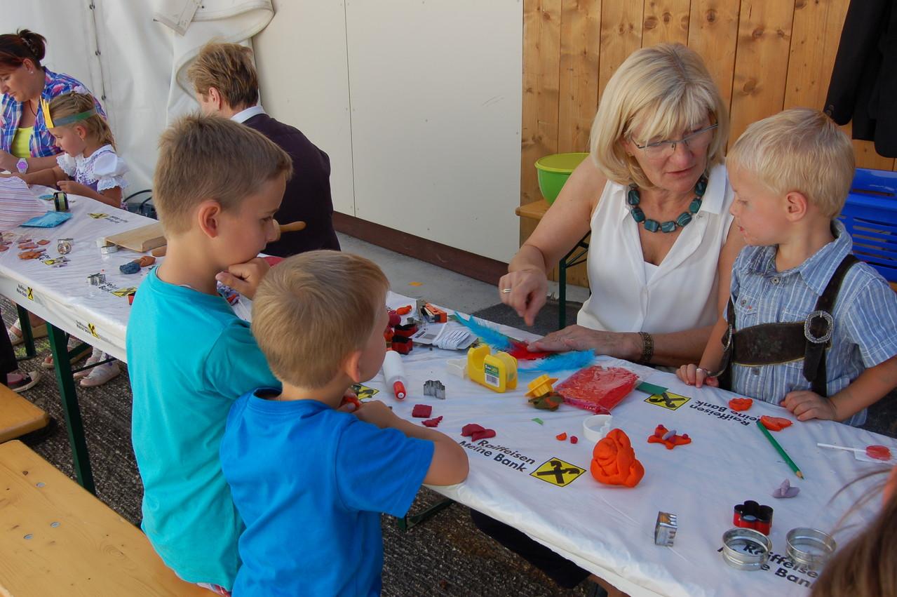Kinder beim Fest (c) Werner Daum
