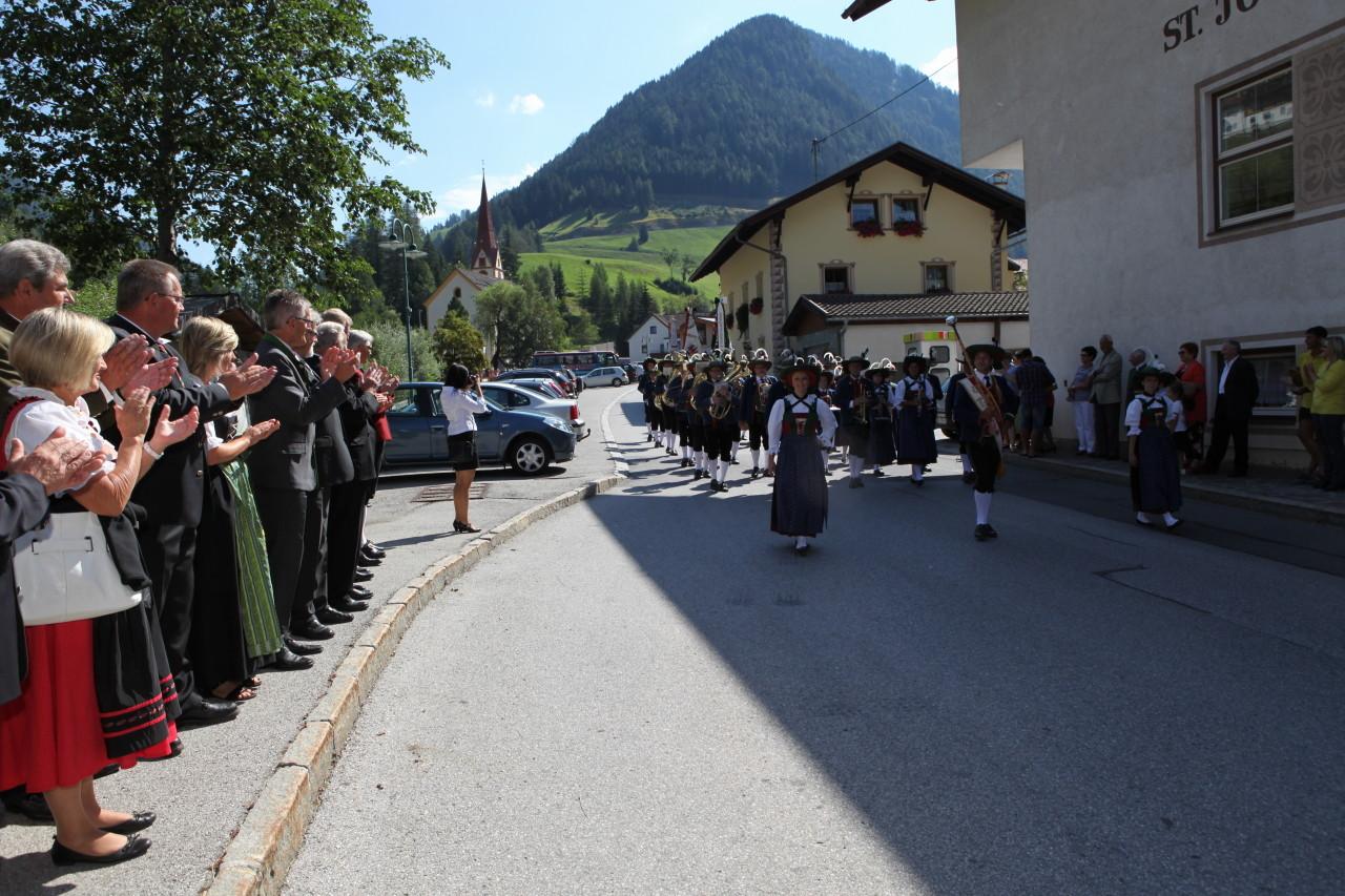 Einmarsch - Defilierung MK Vals St. Jodok (c) Werner Hammerle