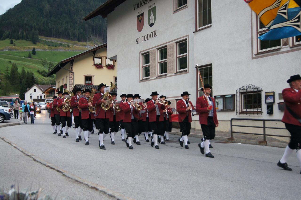 Einmarsch der MK Schwarzach (c) Schneider T.
