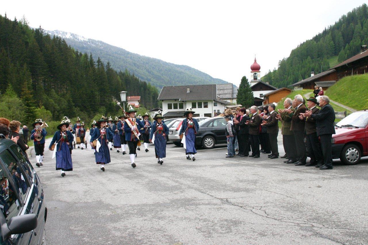Einmarsch zur 175-Jahrfeier der MK Schmirn (c) Reinhard Auer