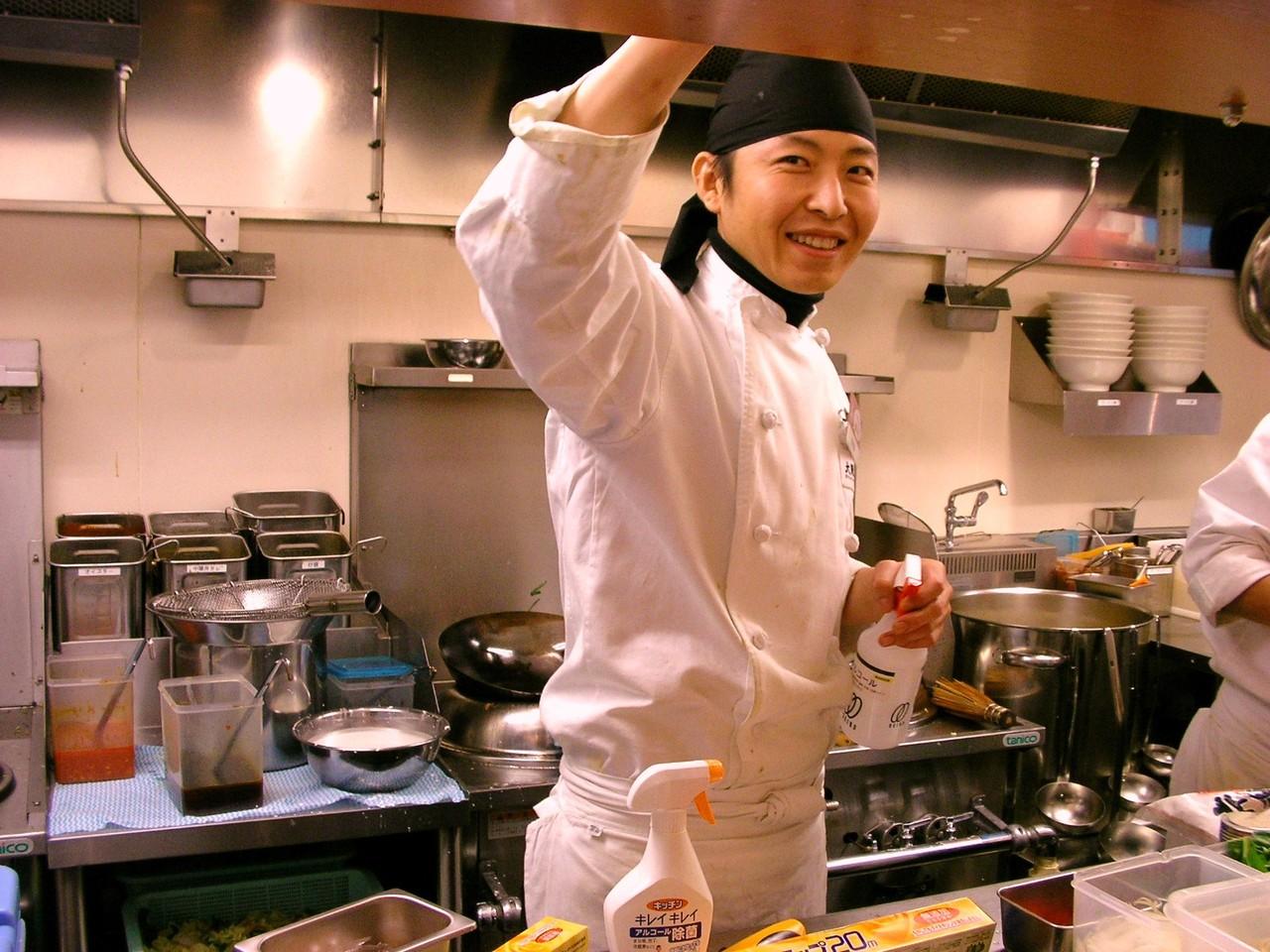 オープンキッチンは、常にきれいに。☆☆