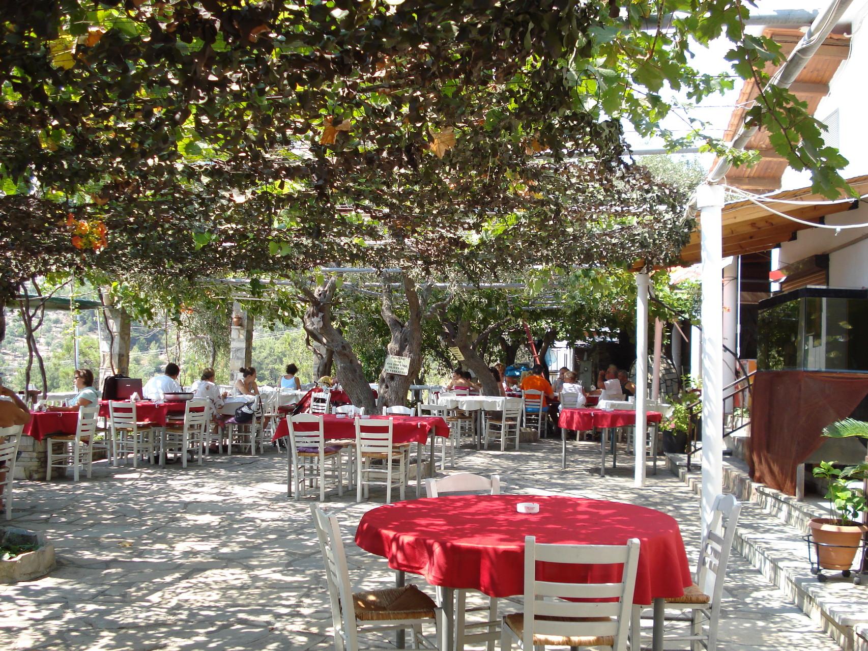 Taverne Grecque typique