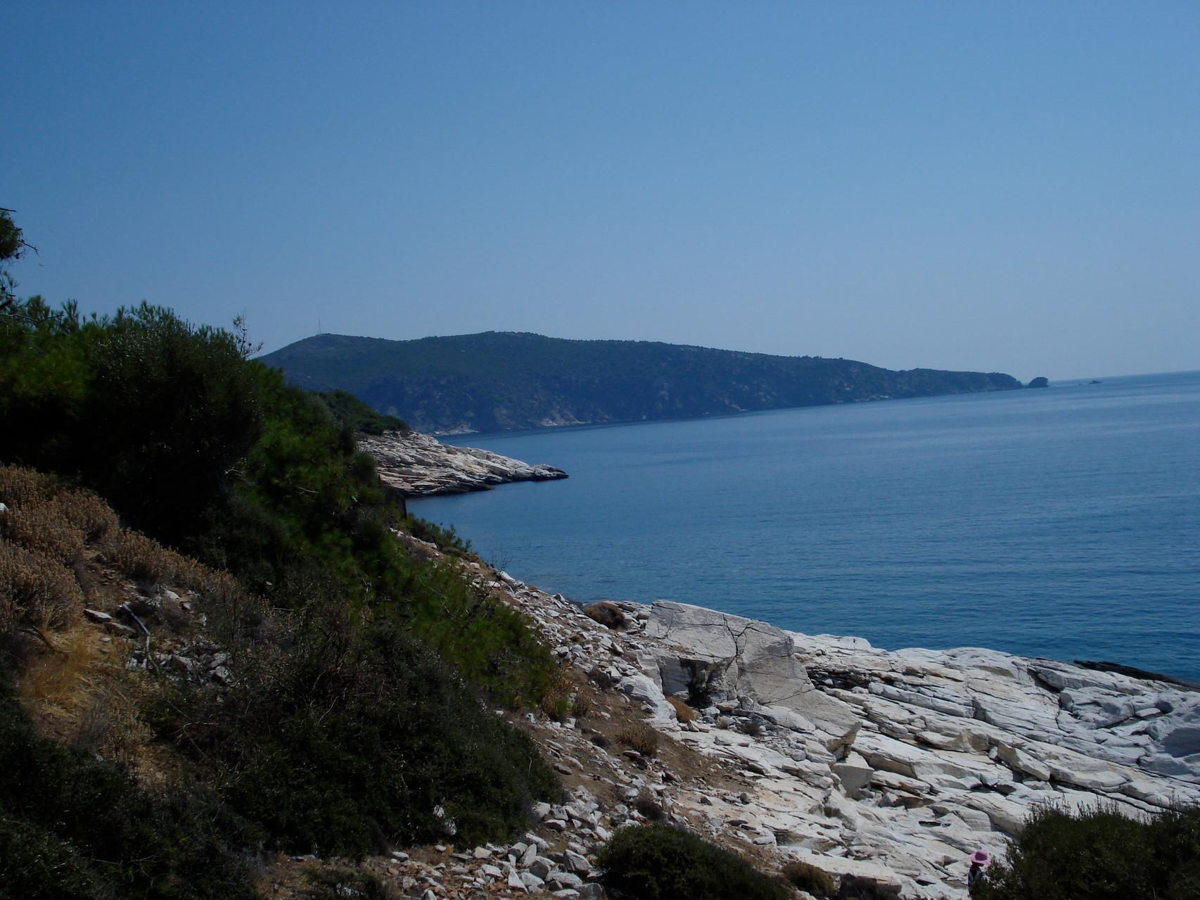 Vue côtière avec marbre